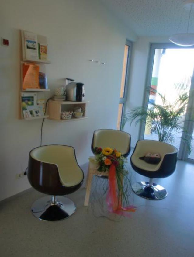 r umlichkeiten. Black Bedroom Furniture Sets. Home Design Ideas
