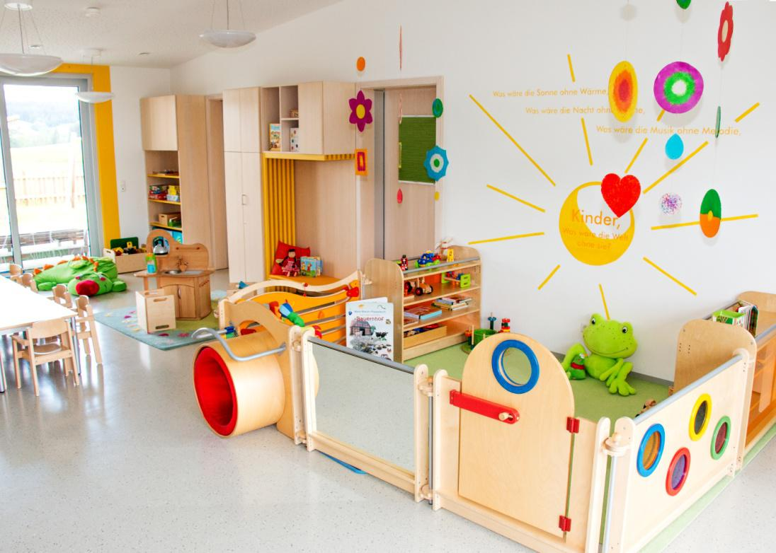 Kuschelh hle kindergarten for Raumgestaltung kita u3